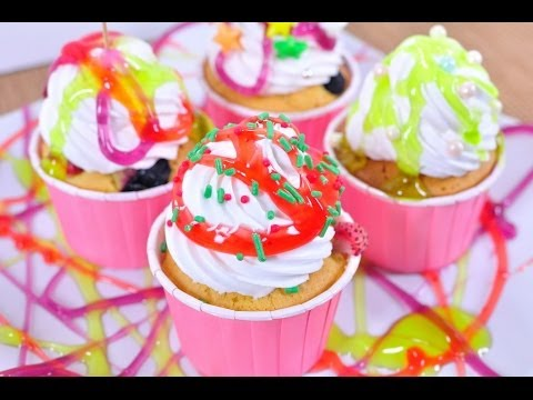 คัพเค้กเบอรี่รวมมิตร Cupcake Mixed Berry