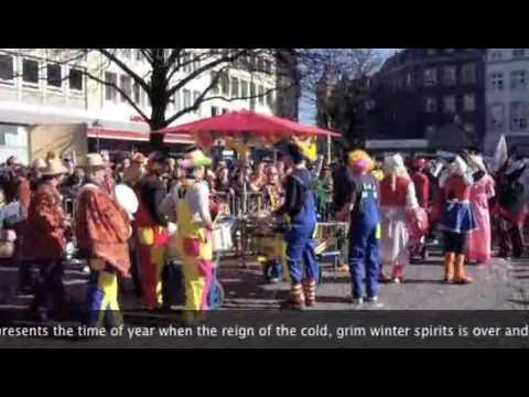 Karneval, Rosenmontagszug  Aachen: Carnival Parade Germany