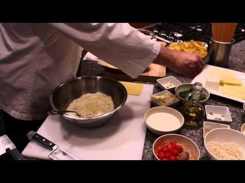 A Lasagna Recipe With Ricotta, Mozzarella & Egg : Italian Recipes