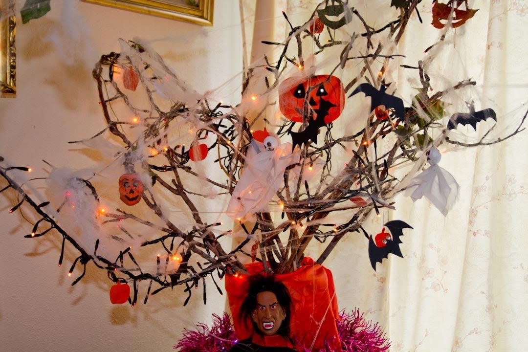 Como hacer un arbol de halloween youtube - Arboles secos decorados ...