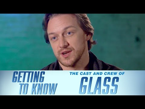 Has Samuel L. Jackson From Glass Ever Actually Broken A Bone? | GETTING TO KNOW