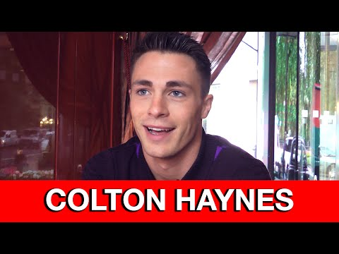 Colton Haynes Interview - Arrow, Teen Wolf, bloopers & deleted Thea scenes
