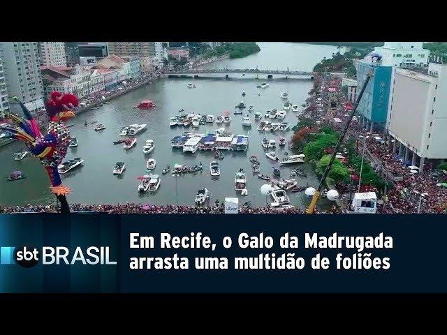 Em Recife, o Galo da Madrugada arrasta uma multidão de foliões | SBT Brasil (02/03/19)