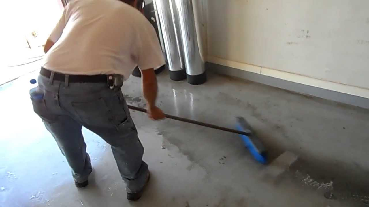 Garage Floor With A Pressure Washer