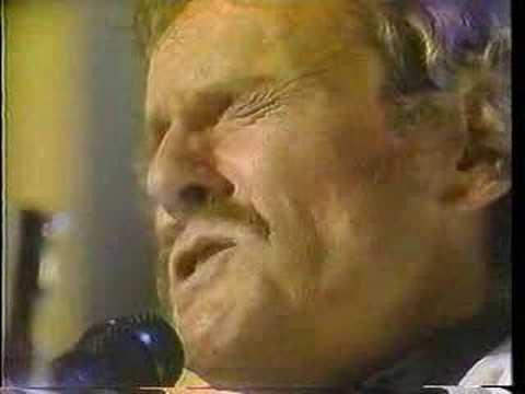 Gordon Lightfoot Knotty Pine 1986