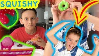 SQUISHY VS REAL FOOD | ВИКТОР МИ РАЗБИ ЯЙЦЕ НА ГЛАВАТА !!!