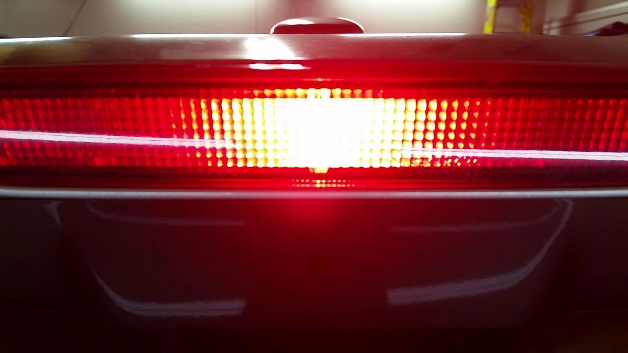 2005 2010 Honda Odyssey Minivan Testing High Mount 3rd Brake Light After Changing Bulb