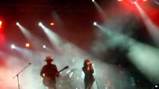 Primal Scream - Miss Lucifer (live in Athens)