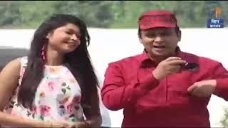 होली में लड़की से बच के। etv Janta express with Manish Mahiwal
