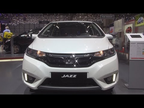Honda Jazz 1.3 i-VTEC CVT Elegance (2017) Exterior and Interior