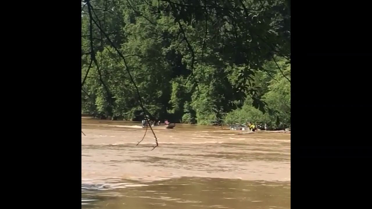 Sandy Springs fire boat capsizes on Chattahoochee River