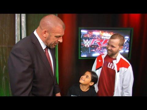 Triple H überrascht Die Fans Billy Und Bianca Backstage Bei Raw