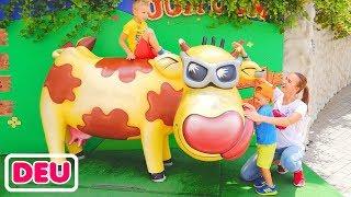Kinderspielplatz für Kinder Freizeitpark Lustige Spielzeit