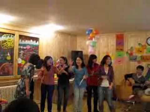 Tet2010_VNLausanne Buc hoa dong que.wmv