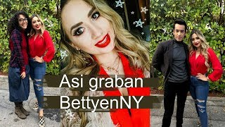 ASI GRABAN BETTY IN NY !! AARON DIAZ, ELYFER TORRES, ASI SON LOS FOROS DE TELEMUNDO