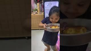 Baby Mabuk Dapat Makanan