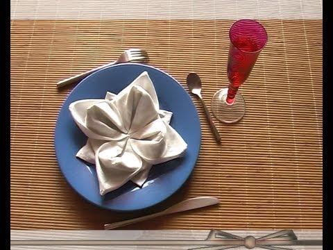 Plier serviette en lotus youtube - Plier serviette de table ...