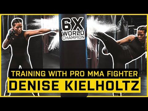 """Pro MMA Fighter Denise Kielholtz """"Miss Dynamite"""" Série de combat"""