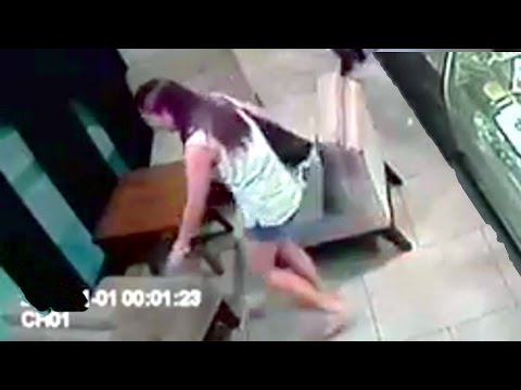 FULL VIDEO Davao iphone 6 scandal cellphone thief: full video whitelady thief... story: coffee shop customer left her iphone 6 on a couch for just a few minutes, when she came back, her iphone is gone!