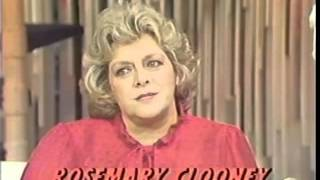 Rosemary Clooney, Sondra Locke, 1982 TV Song and Interview