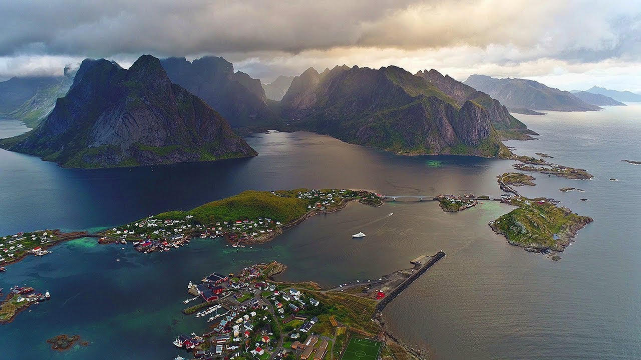 Beautiful Lofoten (Norway / Arctic Circle) AERIAL DRONE 4K VIDEO