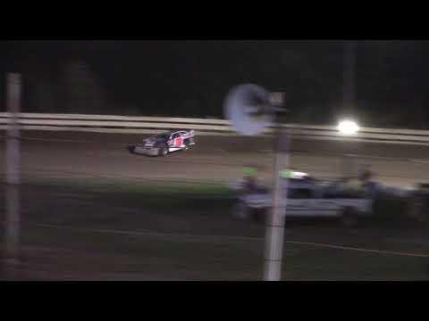Hummingbird Speedway (9-15-18): Swanson Heavy Duty Truck Repair Semi-Late Model Heat Race #2