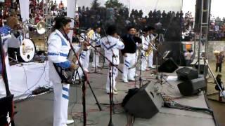 BANDA R 15 DEL CORITA  GONZALEZ  EN  EL  ANIVERSARIO DE MAXISTAR 98.5 FM