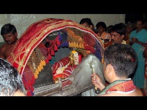 Shri Datta Pradakshina - Shripad Shrivallabha Mandir, Kuravpur...KARNATAKA - 2011
