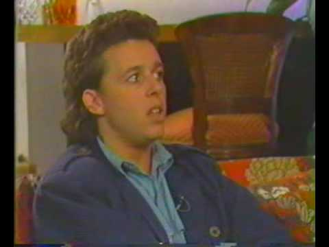 Roland Orzabal speaks about the hurting (1985)