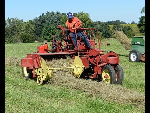 Pair of New Holland SP166 Self-Propelled Hay Balers Sold on Iowa Auction  Last Week