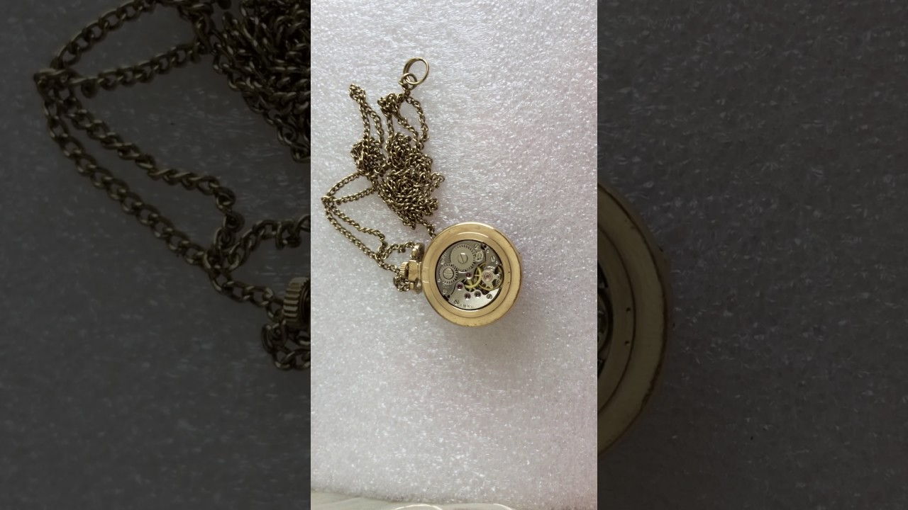 Золотые часы чайка – женские ювелирные изделия российского производства, имеющие высокое качество исполнения и современный дизайн. Широкий ассортимент марки насчитывает множество популярных коллекций со звучными названиями: злата, нежность, карина, виктория. Золотые наручные.