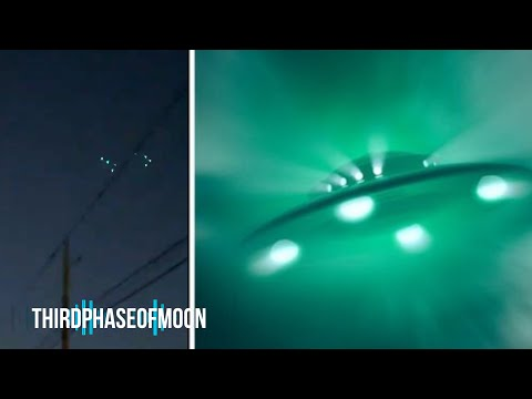 Formation Of Mysterious Green Tr-3B UFOs Over New Mexico!