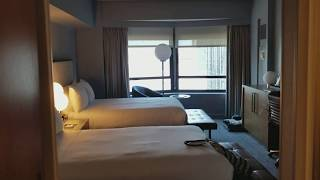 New York Hilton Midtown Room Tour: Close to Times Square and Central Park!