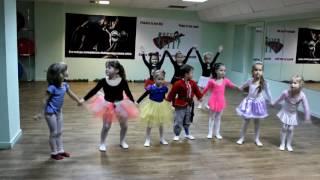 Baby dance в фитнес клубе Best fit под песню Непоседы - Недетское время