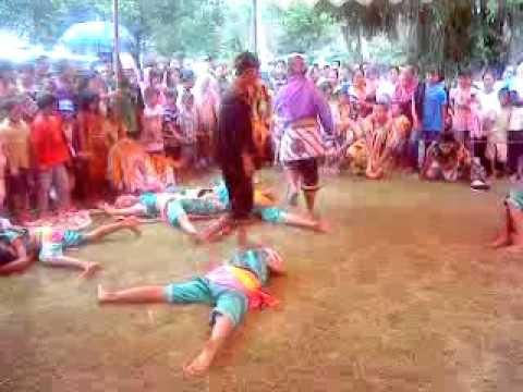 Jathilan Mekar Budoyo anak full satu jam , (8 Jan 2012, babak 2)