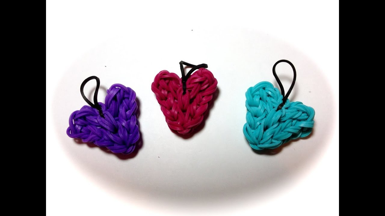 Made By Mommy S Heart Charm On One Rainbow Loom Youtube