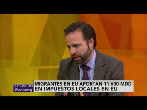 Migrantes pagan impuestos pero no tienen beneficios públicos: Velderrain