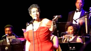 Aretha Franklin I Say A Little Prayer (Live 6/14/14)