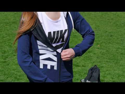 Промо Женские костюмы NIKE