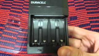 Зарядний пристрій AA/AAA Duracell CEF14