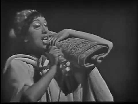 Josephine Baker - Hava Nagila (live in France, 1964)