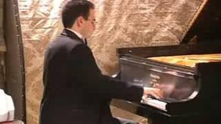Asaf Blasberg Plays Brahms
