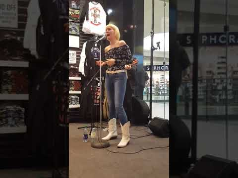 Andrea Nixon performs live @ Sunrise Records in Kingsway Mall