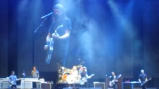 Dave Grohl from the Foo Fighters - Blackbird (beatles) - Live at Bogotá, Colombia