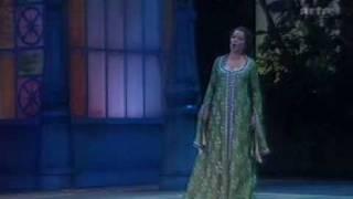 Nina Stemme sings