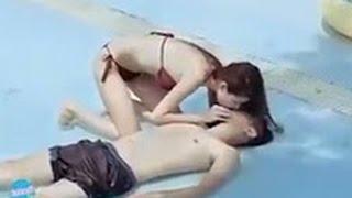 Download Video Di Cium Cewe Cantik Lucu Banget Modus Di Kolam Renang MP3 3GP MP4