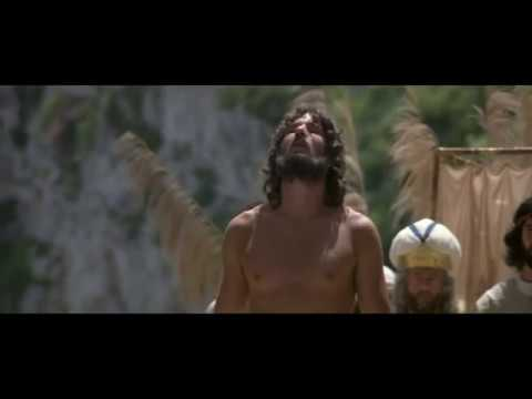 King David Dancing / Rey David Danzando - YouTube