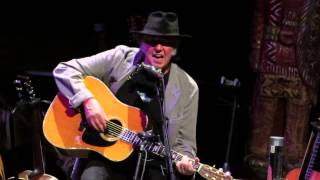 Neil Young - Harvest - Chicago Theater, Chi IL. Apr 22, 2014