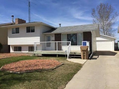 Home For Sale By Owner- 114 University Park Dr, Regina, Saskatchewan