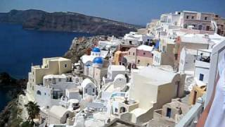 Old Oia House Tour- Santorini(Sam and Alex's accommodations on Santorini. Alex should go to work for the travel channel!!!, 2009-05-12T16:37:50.000Z)